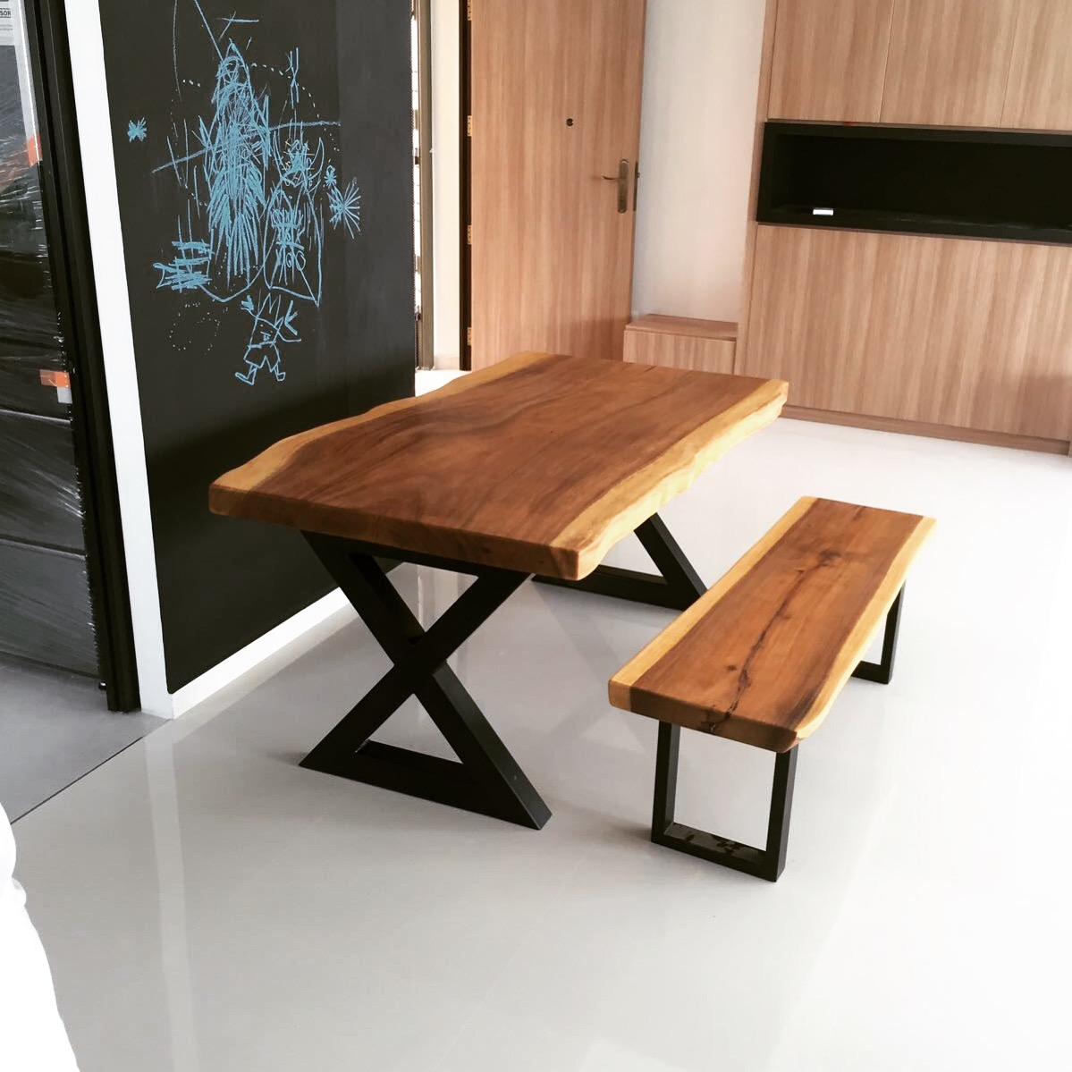 Wood Table singapore carpeter