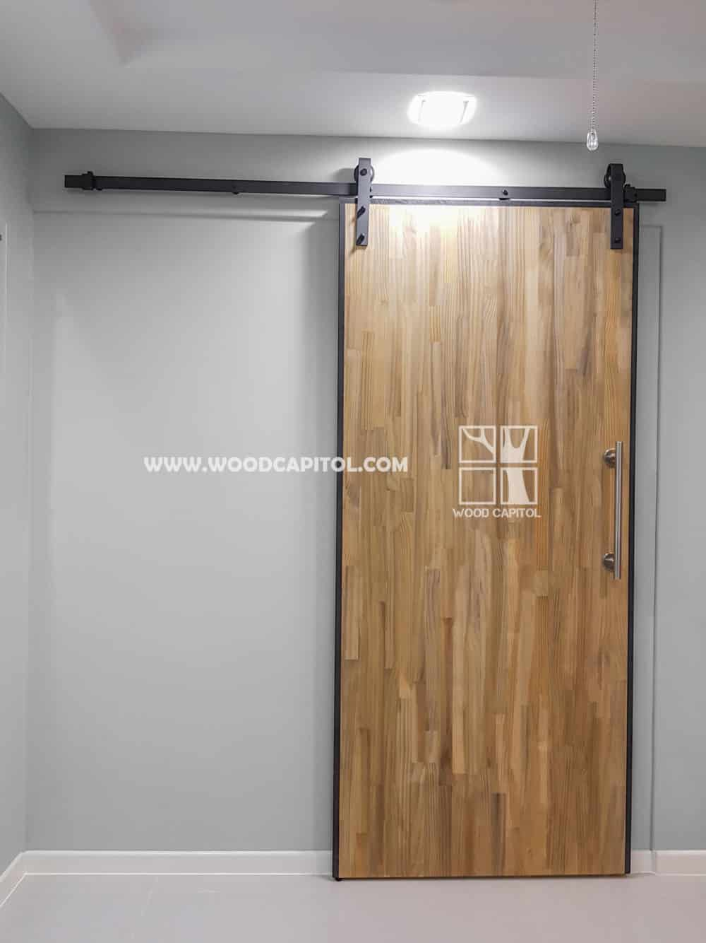 Wood Capitol HDB Barn Door