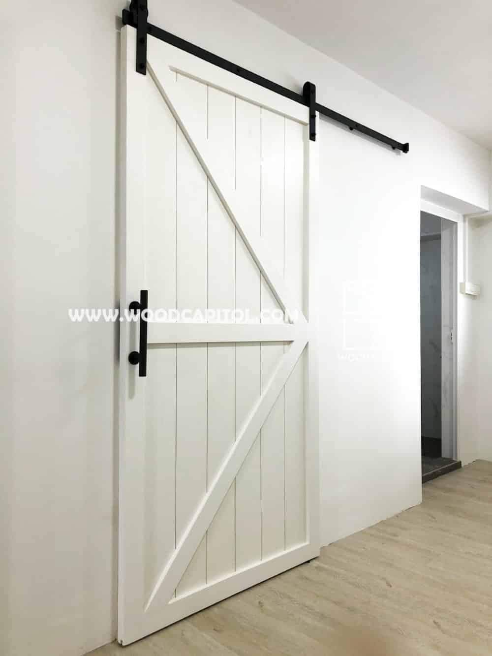 Wood Capitol White Arrow Barn Door 4