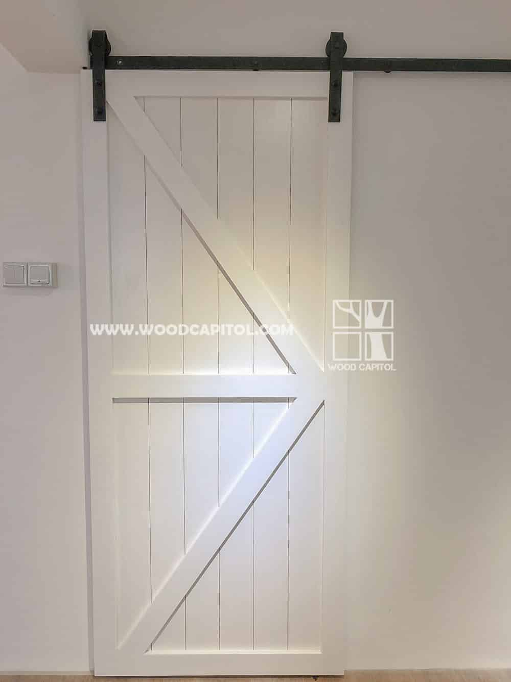 Wood Capitol White Arrow Barn Door